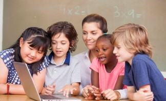 technology-in-the-classroom-digital-teacher
